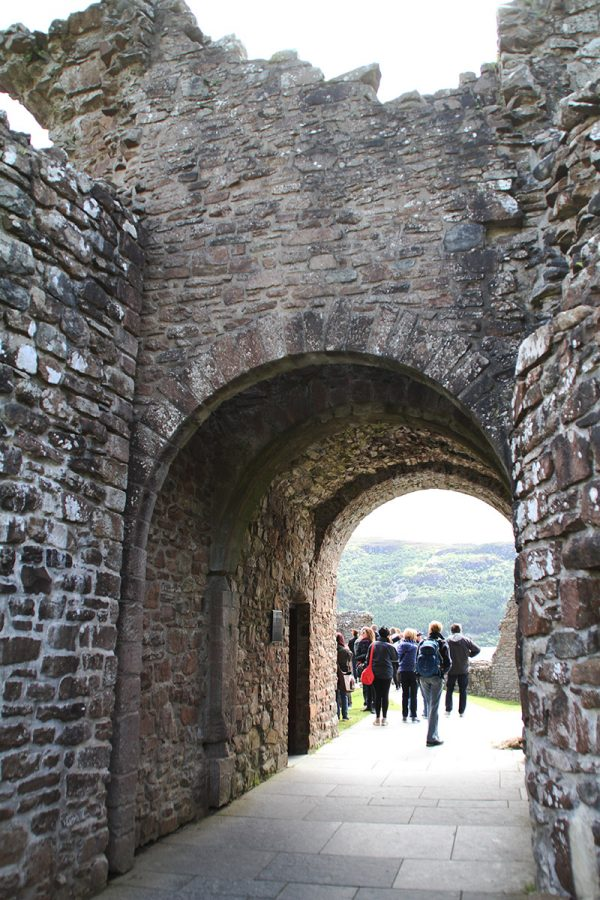 Geek Girl Travel: Inverness, Scotland / Urquhart Castle
